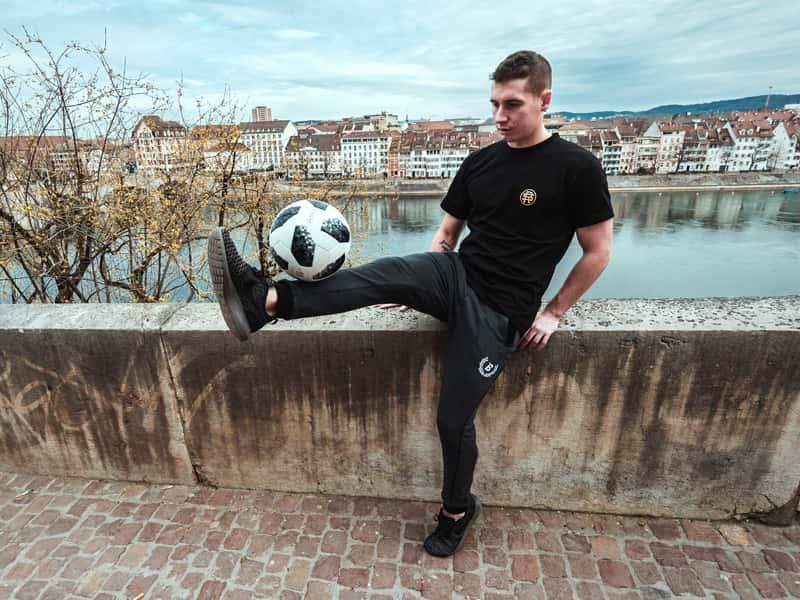triki piłkarskie