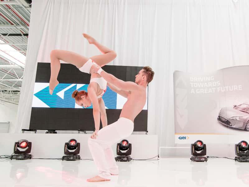 akrobatyka-naziemna-yoma-art